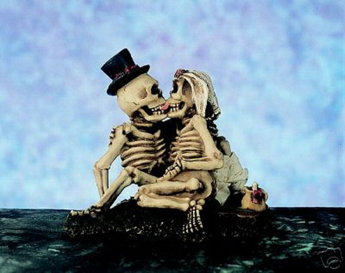 skeletons_in_love_2