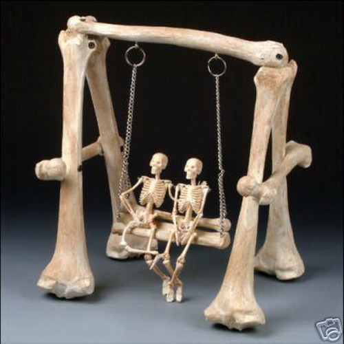 skeletons_in_love_3